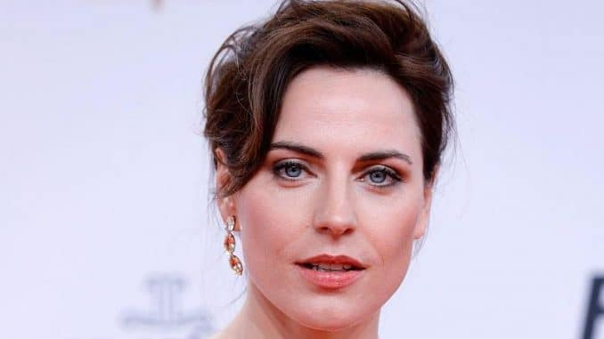 Traue antja 41 Hottest